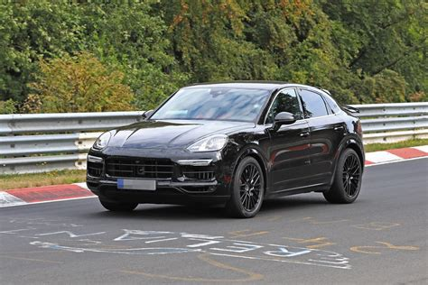 2020 Porsche Cayenne Coupe Hits Nurburgring, Prototype